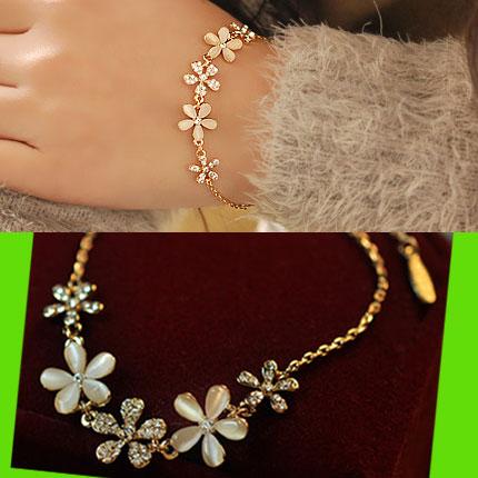 Opal Flower Rhinestone Bracelet