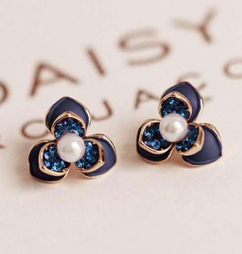 Crystal and Pearl Heart Earrings